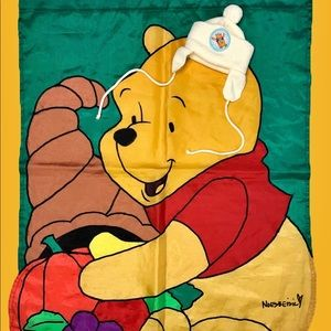 💕2/$20 Vintage Winnie The Pooh Beanie
